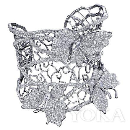 香港温柔珠宝设计师方洁然 用纤柔笔触编织奢华之梦