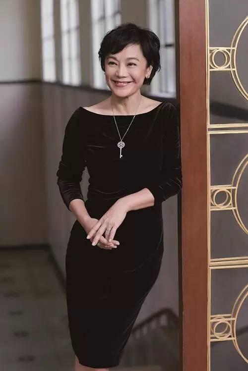 蒂芙尼Tiffany Keys全新创意大片 国际超模刘雯自信诠释