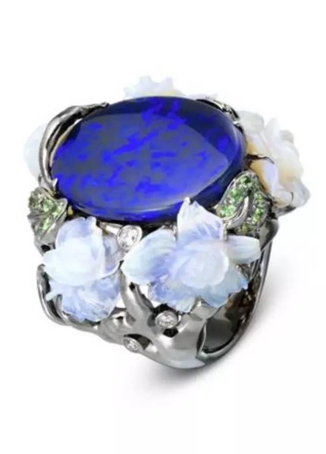 珠宝业:2016年中国连锁零售业发展预测