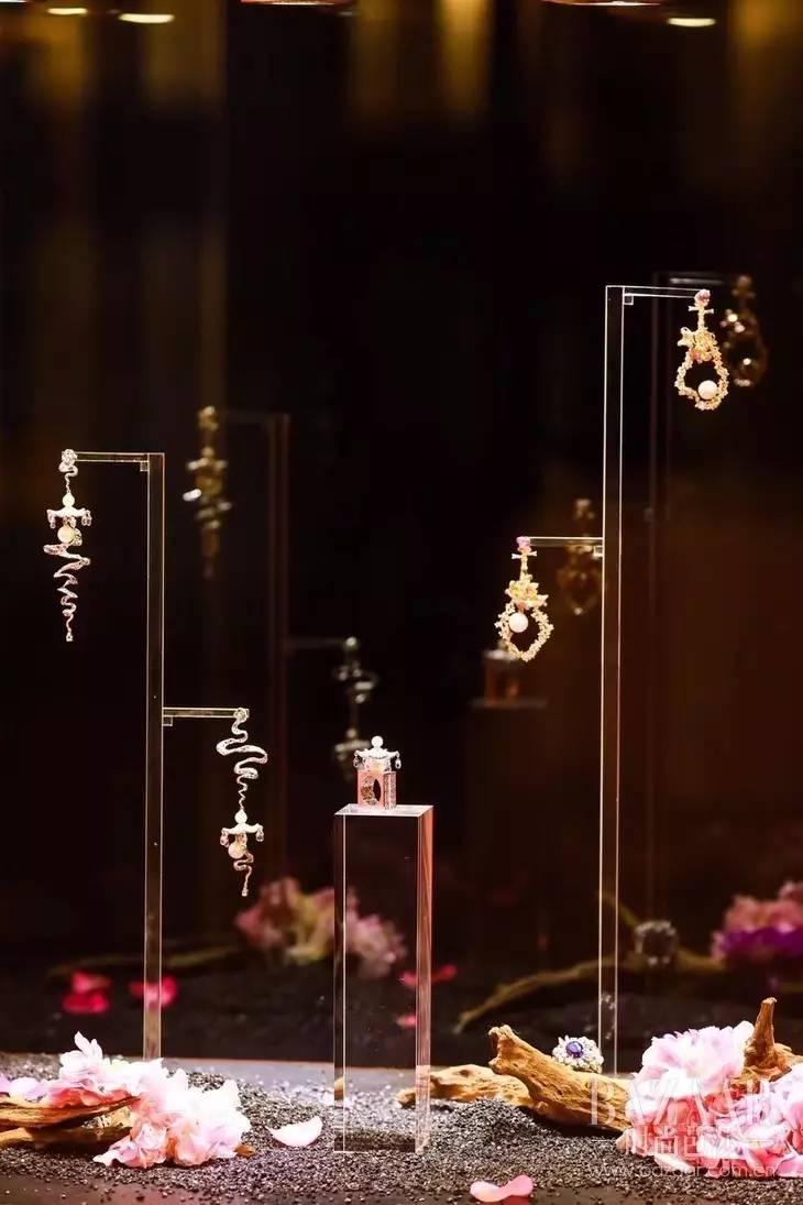 宋茜娜扎来为95后珠宝设计师打气,他让中国东方美学珠宝走向世界