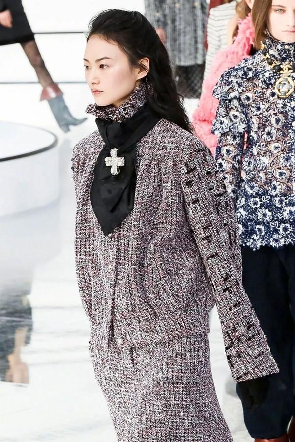 巴洛克珠宝亮相Chanel走秀